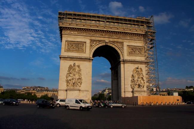Vítězný oblouk, Avenue des Champs-Élysées, Paříž, Francie