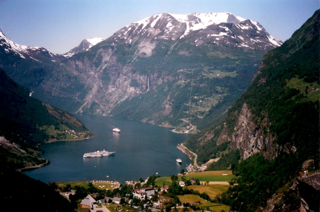 Geirangerfjord a hora Dalsnibba, Norsko